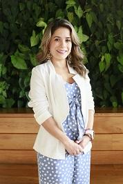 Alejandra Vanegas Valencia, es la actual Vicepresidente de Talento Humano y Tecnología