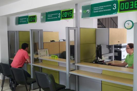 Cambio en horario oficinas atenci n al cliente for Horario oficina adeslas